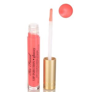 TOO FACED Lip Injection Glossy Plumping Lip Gloss